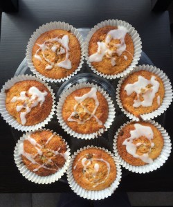 Carrot Cakes with Lemon Icing