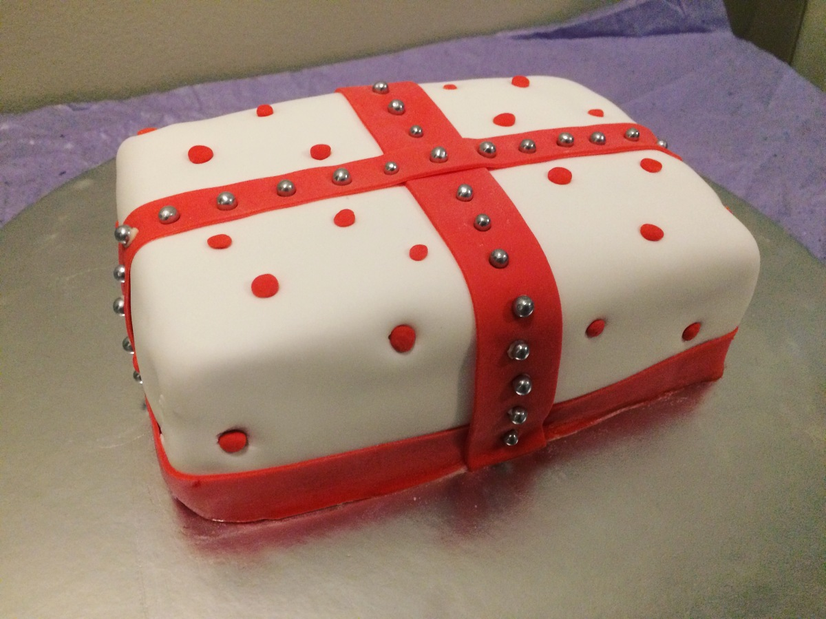Day 9 of 12: Christmas Present Cake