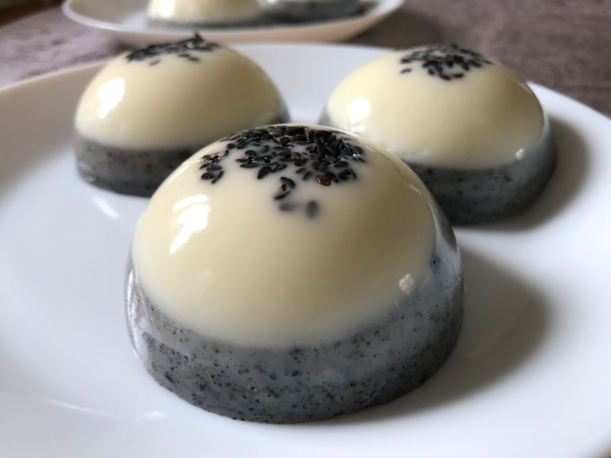 White Chocolate and Black Sesame Blancmange